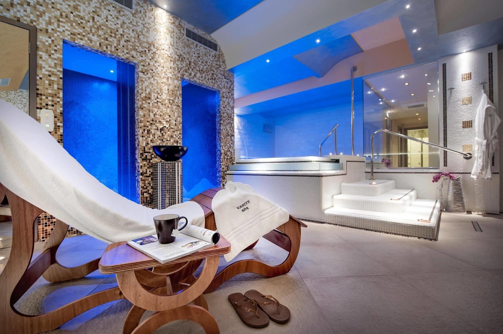 Lavabo Olimpo Roca.Aparthotel Vanity Spa A Balestrate